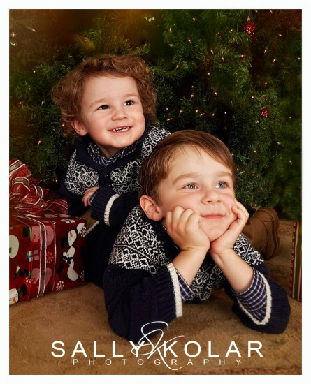 #1#Noahlucas#christmasphotos#kids#sallykolarphotography